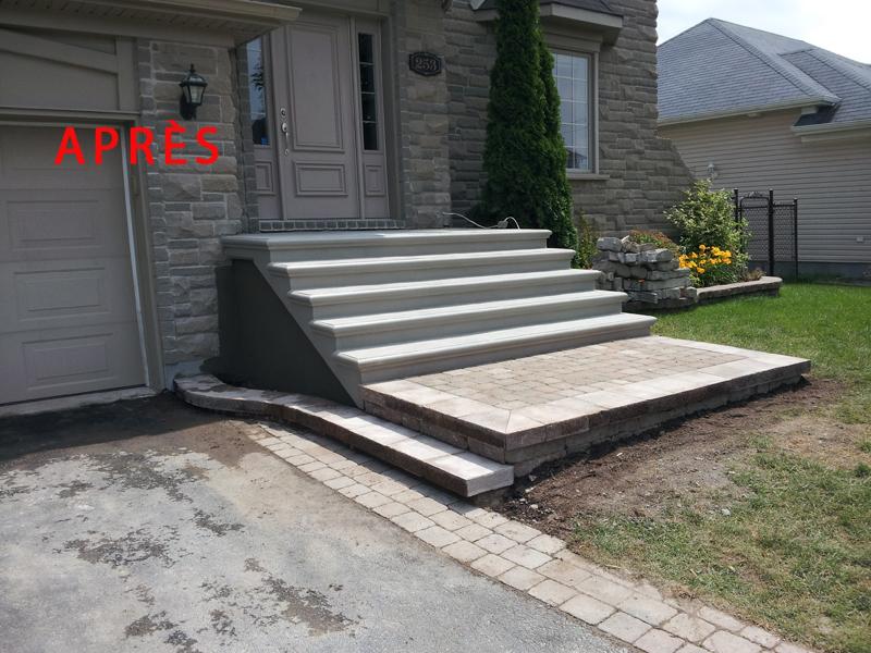 Construction nola escalier balcon dalle trottoir en for Coffrage escalier en beton exterieur